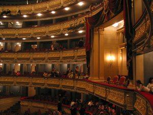 Aller à l'opéra de Madrid