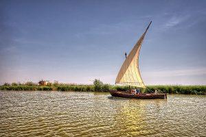 Apprécier les parcs naturels en barque Valence