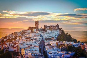 Monter les sommets des nombreuses tours de Cadix