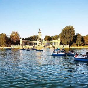 Poursuivre la visite sur une barque Madrid
