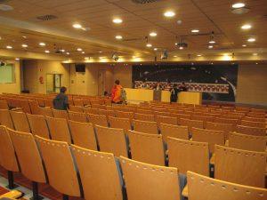 Découvrir la salle de presse au stade Santiago Bernabéu de Madrid