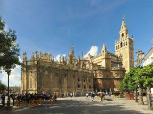 La Giralda de Séville monument historique espagne