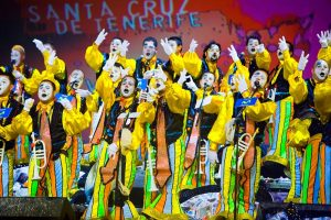 Le concours des murgas au carnaval de Tenerife