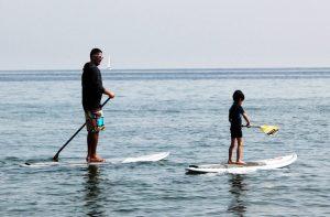 Se plaire à du paddle-surf