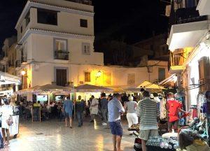 Passer par le quartier de la marina Ibiza