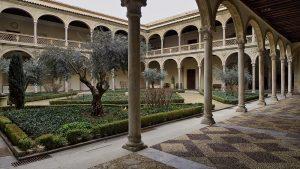 Le Musée Santa Cruz monuments à Tolède