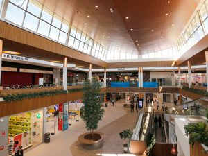 Faire du shopping au centre commercial Albacenter