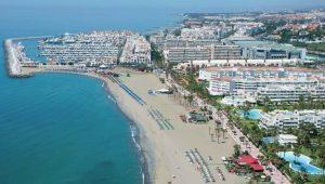 Playa De Puerto Banus