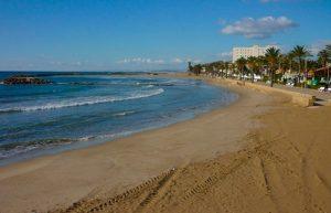 La plage de Cunit